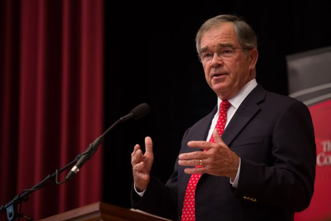 Atlanta Olympics CEO describes his unconventional approach at Mason Public Leadership Lecture
